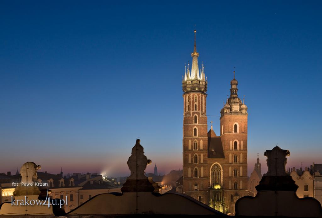 St  Mary's towers - Bazylika Mariacka w Krakowie